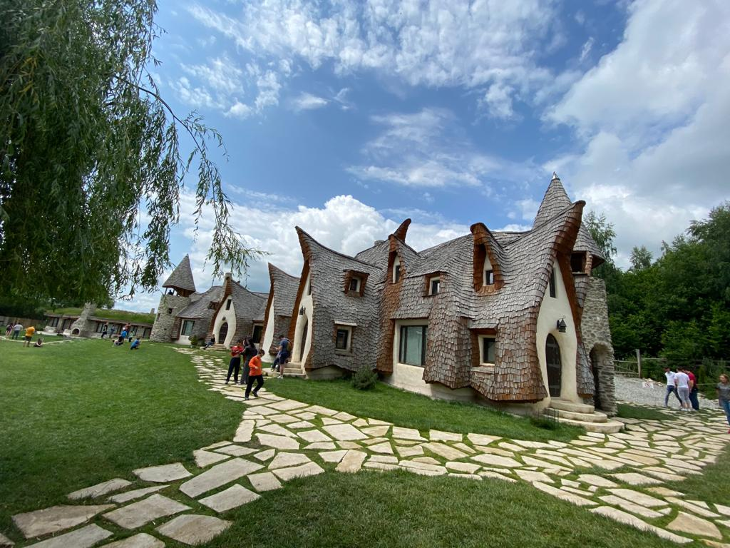 Day Trip from Bucharest: Club Vila Bran and The Clay Castle